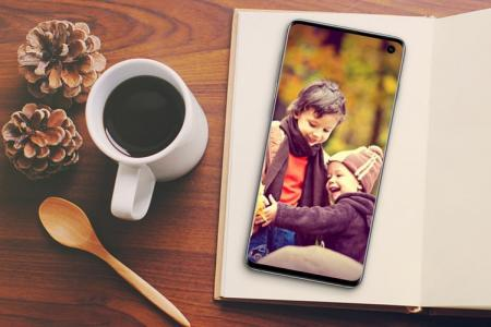 Samsung Galaxy S10 photo frame